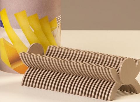 Skulpik kartonski stalak za olovke, smedji