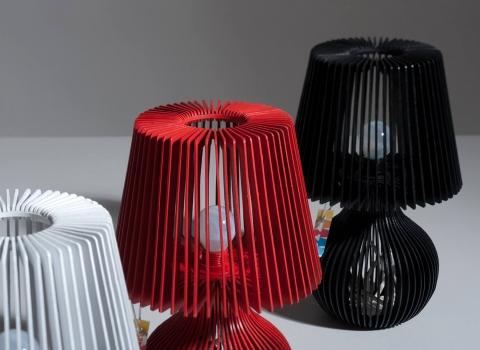 Stripes stolna lampa, bijela, crvena i crna